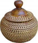 Kleines Schmuckdöschen in Kugelform mit Holzdeckel